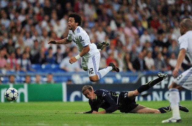 Peter Crouch reveals anger towards Real Madrid star Marcelo for red card in Tottenham Champions League loss - Bóng Đá