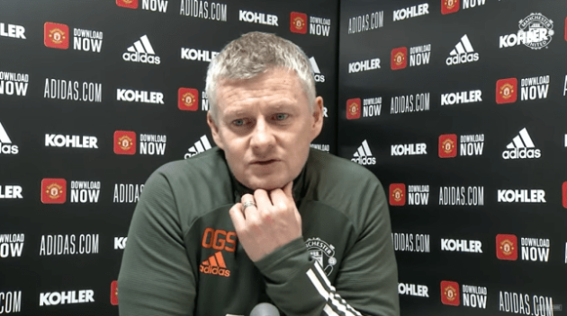Ole Gunnar Solskjaer explains why he waited so long to make a substitution in Manchester United defeat - Bóng Đá