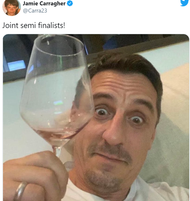 Liverpool fans love Jamie Carragher's message to Gary Neville after Manchester United crash out Carabao Cup - Bóng Đá