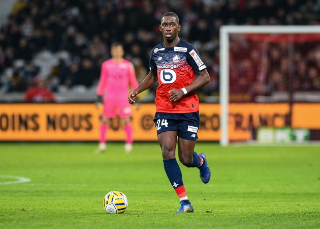 Man Utd and AC Milan battling for Boubakary Soumare transfer but Lille reluctant to let midfielder, 21, leave this month - Bóng Đá