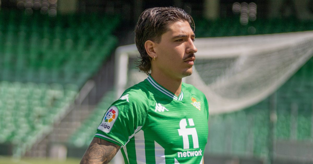 Hector Bellerin drops cryptic Arsenal exit hint as he opens up on pay cut decision - Bóng Đá